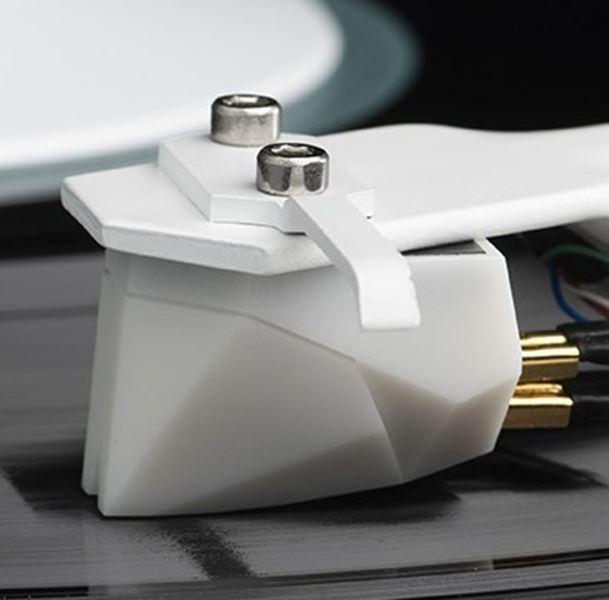 Stylus 2M White